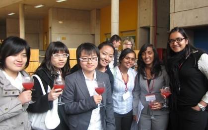 Delegación de Universidad californiana