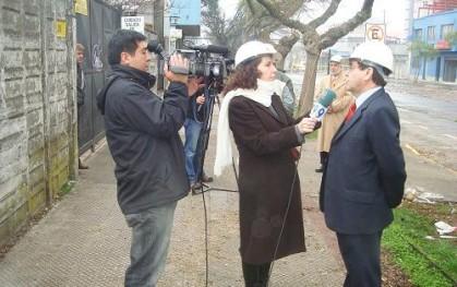 Canal Regional entrevistando a Víctor Lobos