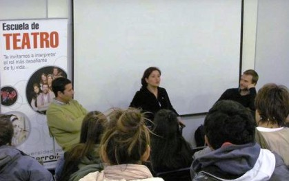 Catalina Saavedra conversa con los alumnos