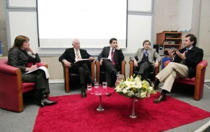 Cony Stipicic con los panelistas