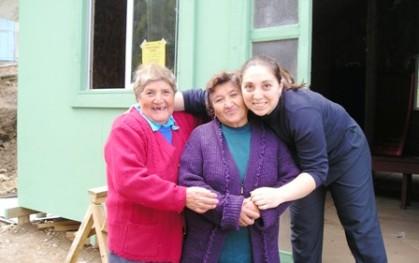Daniela Krumm y abuelitos de Tumbes