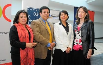 Lucia Poch, Pedro Silva, Claudia Hurtado, y Carmen Luz Velásquez