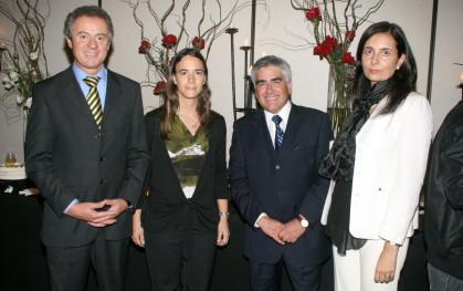 Federico Valdés, María José Ibieta, Dr. Luis Vicentela y Florencia Jofré