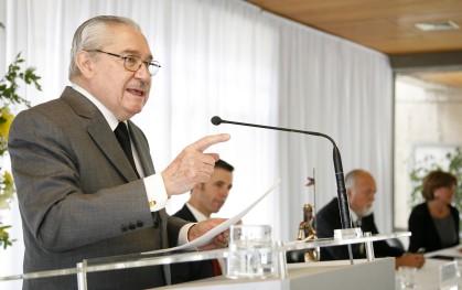 Decano Pablo Rodríguez Grez