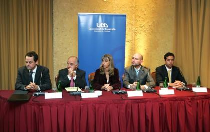 Rodrigo Castro, Hernán Cheyre,  Silvia de Torres, J. Ernesto Amorós y Carlos Poblete