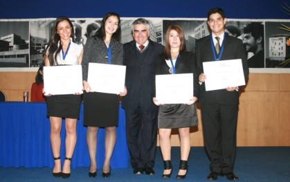 Velentina Cruzat, Daniela Corrotea ,doctor Luis Vicentela, María Luisa Chandía, Felipe Cisterna.