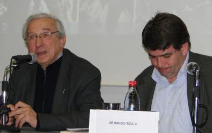 Padre Montes junto a Armando Roa
