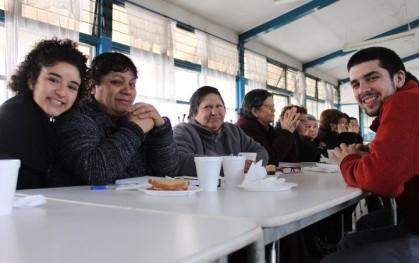 Estudiantes voluntarios en San Ramón