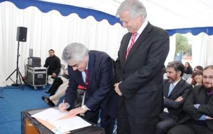 Luis Vicentela firma alianza