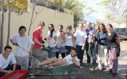 Alumnos voluntarios en Hospital Psiquiátrico