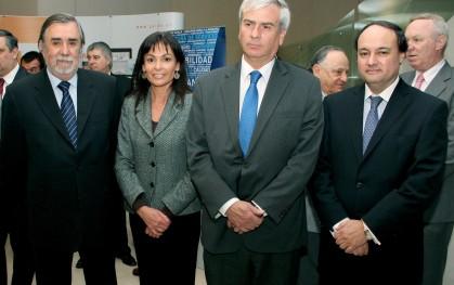 Carolina Mardones junto a los invitados