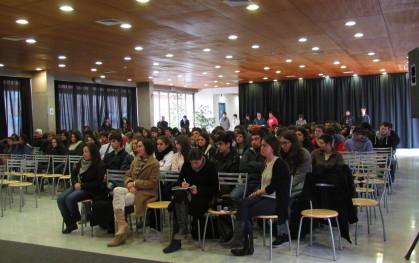 Alumnos de primer año de Bachillerato en la charla
