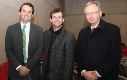 Rodrigo Castro, decano de la FEN; Rodrigo Jordán y José Manuel Robles, decano Facultad de Ingeniería