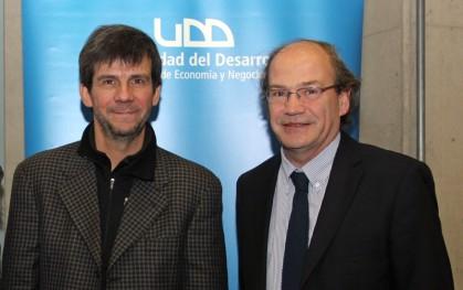 Rodrigo Jordán y Pablo Vial, decano Facultad de Medicina