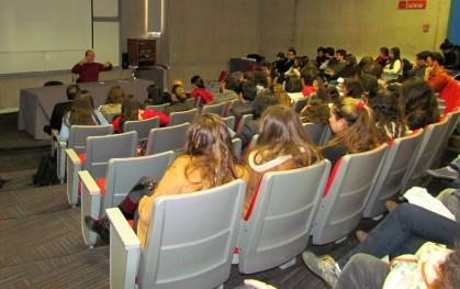 Alumnos de Diseño en la charla