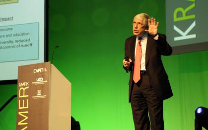 Mark Kramer en su presentación