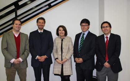 Expositores del panel de abogados