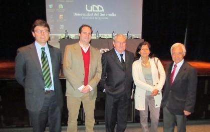 Ignacio Covarrubias, Alberto Lecaros, Pablo Rodríguez, Carmen Astete y Juan Pablo Beca