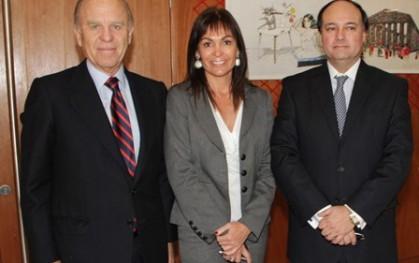 Jorge Carey, Carolina Mardones y Cristián Bastián