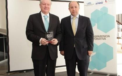 Lionel Olavarría de BCI junto a Gonzalo Delaveau