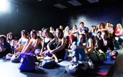 Audiencia de la clase magistral de Danza Butoh