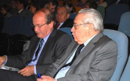 Decano Medicina, Dr. Pablo Vial, y Decano de Derecho, Pablo Rodríguez