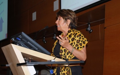 Directora ISP María Teresa Valenzuela