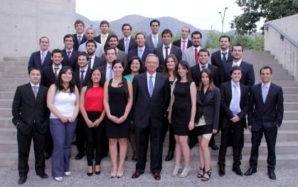 Egresados de Ingeniería Civil UDD 2012