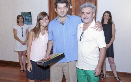 Alumnos ganadores con Arturo Duclós