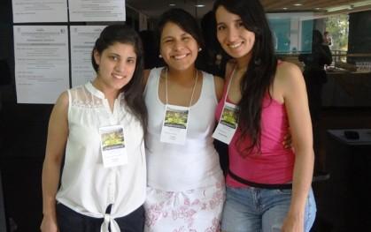 Ex alumnas participan en congreso en Brasil