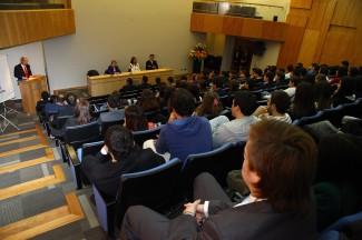 Clase inaugural de Derecho en Concepción