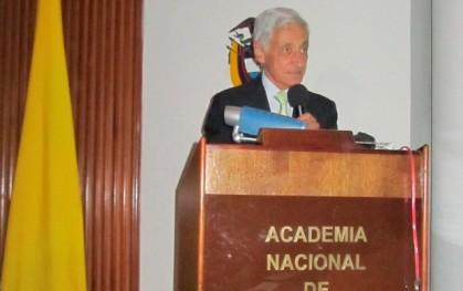 Dr. Beca  expone en Colombia