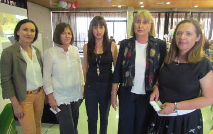 Ana María Paiva, Argentina Fernández, Trinidad Ríos, Pilar Mery y Ana María Díaz