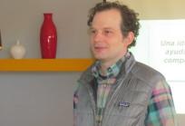 Adam Royalty en taller a docentes de colegios
