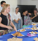 Ex primera dama con alumnos de Nutrición y Dietética