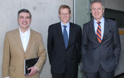 Joaquín Lavín, Juan Curutchet y Federico valdés