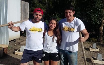 Trabajos de Verano UDD en Los Sauces (VIII Región) Diego Ravanal, Florencia Herrera y Marcelo Vásquez
