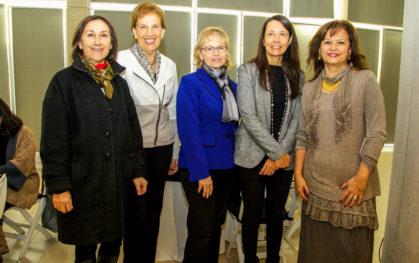 Ana María Paiva, Olga Pizarro, Denise Saint Jean, Verónica Lobos y M. Adriana Parra