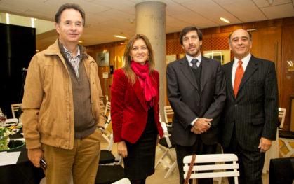 Juan José Bas, Carmen Paz Cruz, Cristóbal Prado y José Luis Veloso