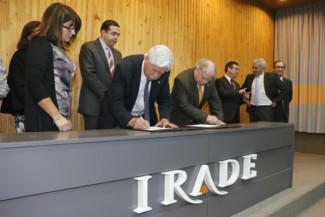 Firma de convenio de colaboración para la competitividad