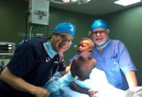 Dr. Gonzalo Campos junto al dr. Renato Acuña