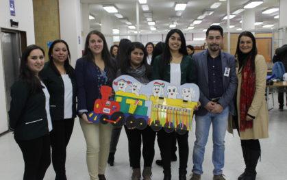 Alumnas destacan en concurso regional de Salud Bucal