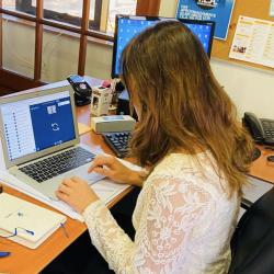 90% del total de las actividades académicas de la UDD se están haciendo online