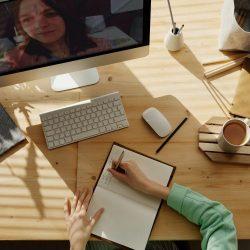 Expertas en educación virtual dictaron conferencia para profesores de Psicología UDD