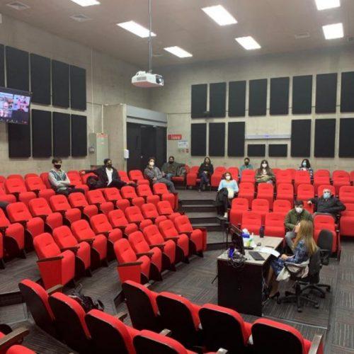 Periodismo UDD inauguró año académico en formato HyFlex